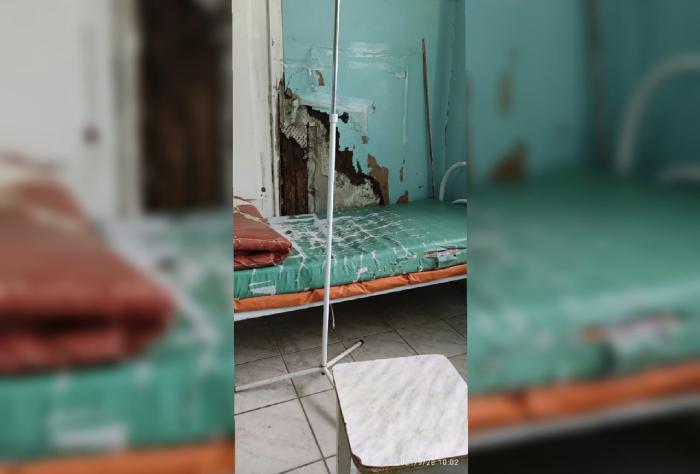 Фото палаты для больных людей в инфекционной больницы в городе Астрахань.